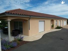 Maison tradidemeures et terrain sur Clessé en Saone et Loire